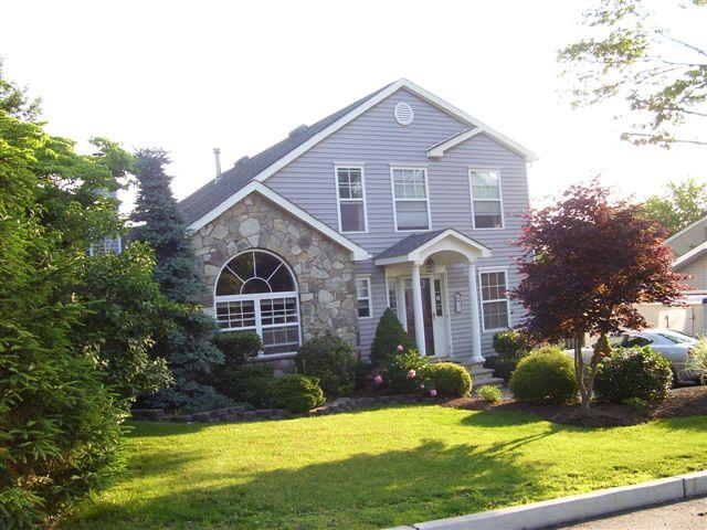 21 Oneida Ave, Atlantic Highlands NJ